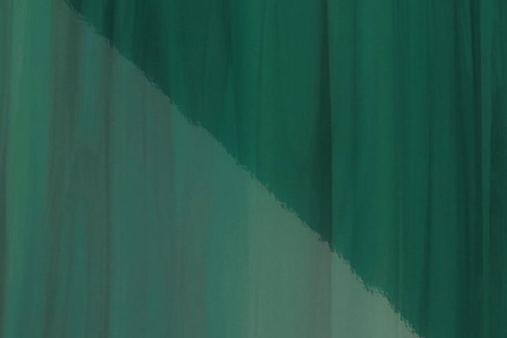アクセントパネル(鏡面/ボトルグリーン)